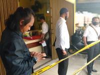 Korban Peluru Nyasar Perampokan Toko Emas Sempat Melawan