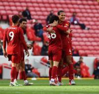 Liverpool vs Aston Villa, Frustrasinya Dean Smith Gagal Menangkan Pertandingan
