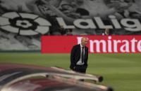 Athletic Bilbao vs Madrid, Zidane Lelah Dengar Los Blancos Dibantu Wasit