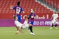 Skor Kacamata Hiasi Laga Sevilla vs Eibar di Babak Pertama