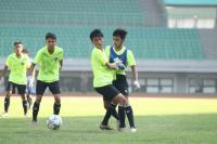Sambangi PSSI, Legenda Sepakbola Indonesia Ungkit Pentingnya Kompetisi Usia Muda