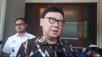 Dibagi Dua Shift, Menteri Tjahjo Keluarkan Edaran Jam Kerja PNS Jabodetabek