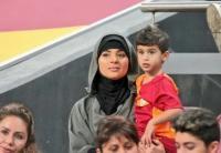 3 WAGs Pesepakbola Muslim yang Menggunakan Hijab, Siapa Saja?