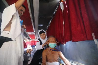 Cerita Dokter Indonesia Selamatkan Nyawa Jamaah hingga Diapresiasi Media Asing