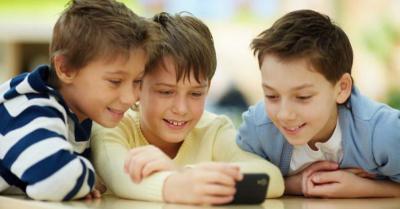 Kecanduan Game Ganggu Anak-Anak Mengerjakan Pekerjaan Rumah