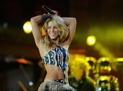 Viral Shakira Bangga Kenakan Busana Seharga Rp300 ribu, Netizen: Humble Legend