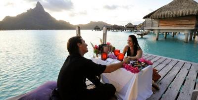 5 Destinasi Romantis untuk Bulan Madu, Kenangan Manis Seumur Hidup!