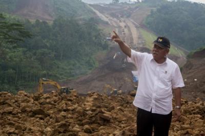 Menteri Basuki: Kontraktor Wajib Utamakan Keselamatan Kerja