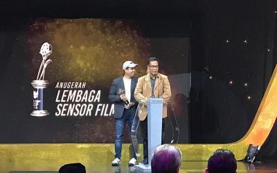 Serial Aku Bukan Ustadz Sabet Penghargaan Anugerah LSF 2018