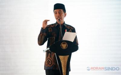 Didampingi sang Cucu Jan Ethes, Presiden Jokowi Buka Puncak Hari Santri ke-IV