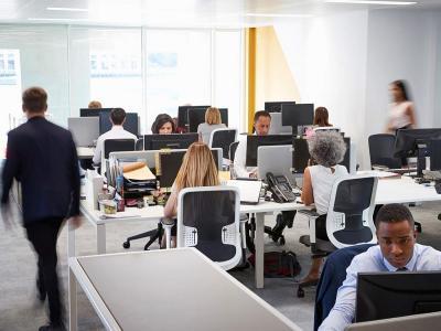 Dua Alasan Pentingnya Membicarakan Kesehatan Mental di Tempat Kerja