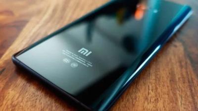Xiaomi Bikin Ponsel Lipat dengan Harga Super Murah?