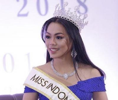 Belajar Bahasa Serawak, Alya Nurshabrina Akrab dengan Miss Malaysia