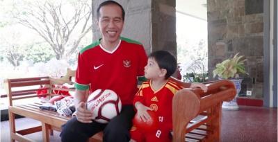 Beli Baju untuk Sedah Mirah dan Jan Ethes, Jokowi Habiskan Rp3,1 Juta?