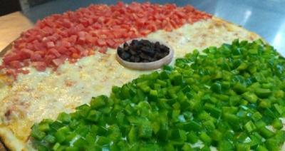Yummy! Sarapan Lezat Menggoda dengan Hidangan Pizza 3 Warna