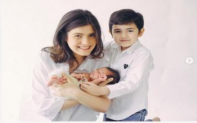 Sontek Cara Bonding Time Carissa Puteri dengan Anaknya!