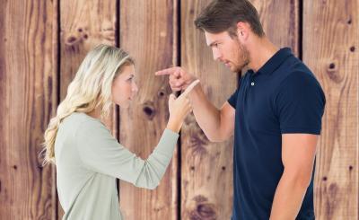 Curiga Pasangan Selingkuh? Coba Kenali 5 Tandanya