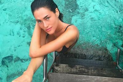 Pesona Kecantikan Francesca Sofia Novello, Kekasih Baru Valentino Rossi