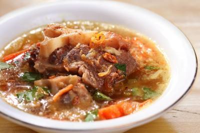 Tips Mengolah Sup Buntut agar Rasanya Mirip Restoran Bintang 5