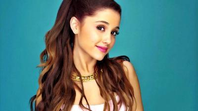 Ariana Grande Minta Maaf Manfaatkan Perseteruan Kanye West dan Drake untuk Promosi