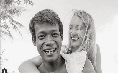 Lucunya Polly Alexandria, Bule Inggris yang Dinikahi Pria Muntilan Berbahasa Jawa
