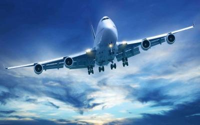 Liburan ke 4 Daerah Ini, Harga Tiket Pesawatnya Turun hingga 50%!
