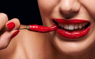 Doyan Makanan Pedas Ternyata Bikin Kamu Gampang Terangsang!