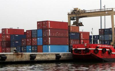 Neraca Perdagangan Defisit USD1,16 Miliar, Ini Kata BI