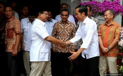 Adu Outfit Jokowi vs Prabowo di Debat Pilpres Putaran Kedua, Pilih Siapa?
