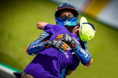 Marini: Rossi Akan Tunggu Saya Balapan Bareng di MotoGP