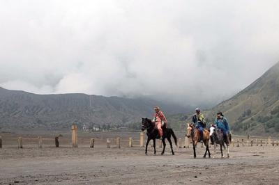 Gunung Bromo Erupsi, Masih Amankah untuk Berwisata?