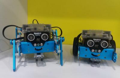 Cerita Siswi SMK Farmasi Rakit Robot Kesehatan, Apa Reaksinya?