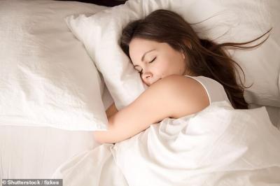 Salah Bantal Itu Benar Ada, Jenis Bantal Tergantung Posisi Tidur Anda