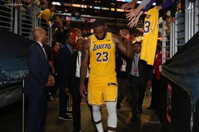 LeBron James Absen, LA Lakers Kembali Telan Kekalahan