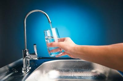 Bahaya Konsumsi Air Terkontaminasi, Bisa Hambat Perkembangan Bayi dan Anak-Anak