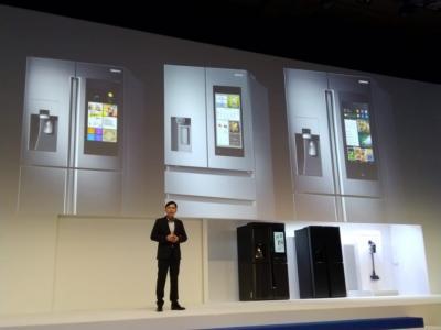 Samsung Forum 2019 Pamerkan Kulkas dengan Teknologi Pengenal Suara