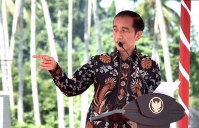 Mengintip Gaya Milenial ala Presiden Jokowi, Kekinian Banget!
