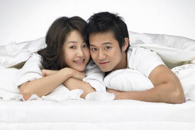 Tips Membantu Pasangan yang Malu Berhubungan Seks