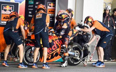 KTM Belum Temukan Solusi untuk Johann Zarco