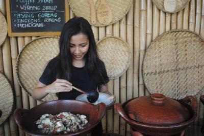 Nikmati Sensasi Masakan dengan Aksesoris Jadul di Pilahan Yogyakarta