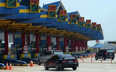 Gerbang Tol Cikampek Mulai Beroperasi Pekan Depan