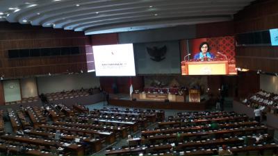 Rapat Paripurna, DPR dan Sri Mulyani Bahas RAPBN 2020
