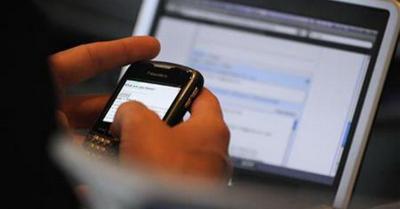 Pilih Smartphone atau Laptop? Cek Gadget yang Cocok untuk Anda dengan Kuis Ini