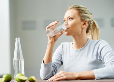 Antioksidan dalam Air Hidrogen dapat Membantu Mencegah Penuaan Dini