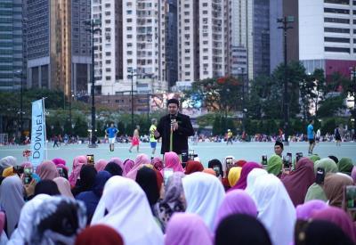 Keseruan Buka Puasa Bersama di Victoria Park Hong Kong