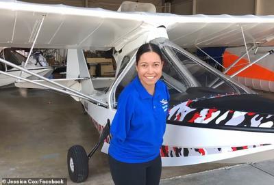 Terlahir Tak Miliki Tangan, Wanita Ini Sukses Menjadi Pilot