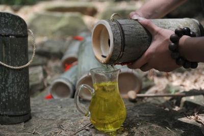 Unik, China Produksi Minuman Bir Menggunakan Batang Bambu