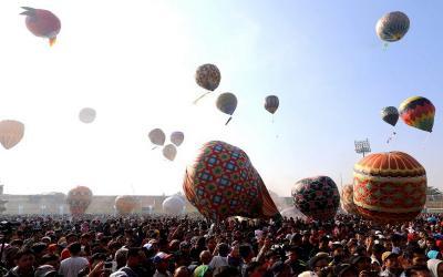 Syawalan, Ratusan Balon Udara Hiasi Langit Pekalongan
