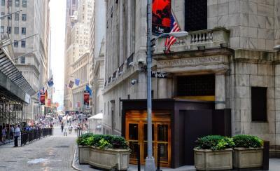 Wall Street Melemah Jelang Pertemuan The Fed