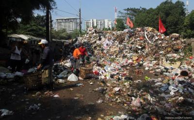 Indonesia Reekspor Sampah Plastik Impor Ilegal